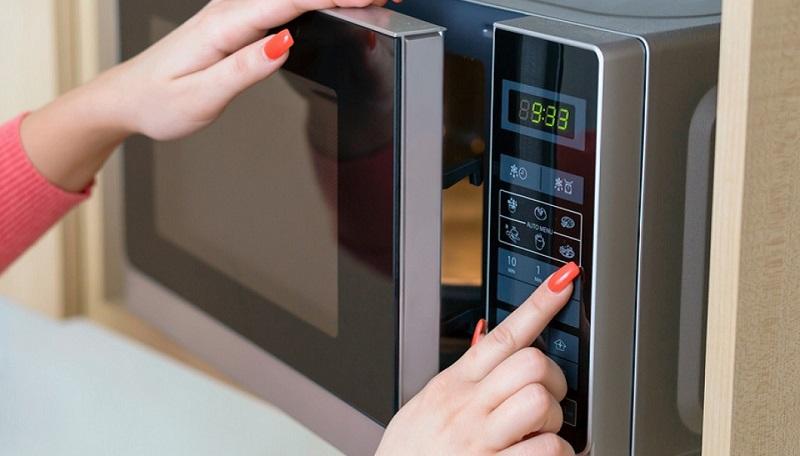 riparazione-forno-a-microonde-2