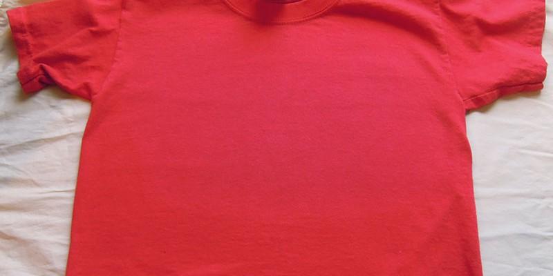 stirare le magliette